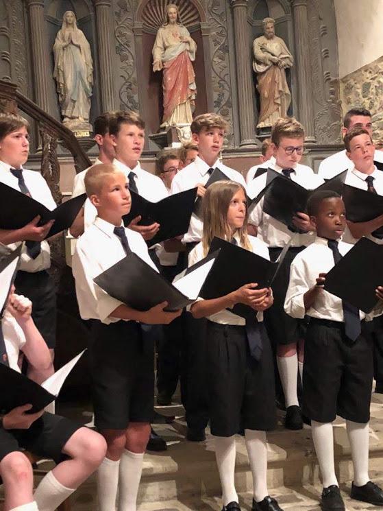 Misviering in de Sint-Antonius kerk Capucienen te Aalst