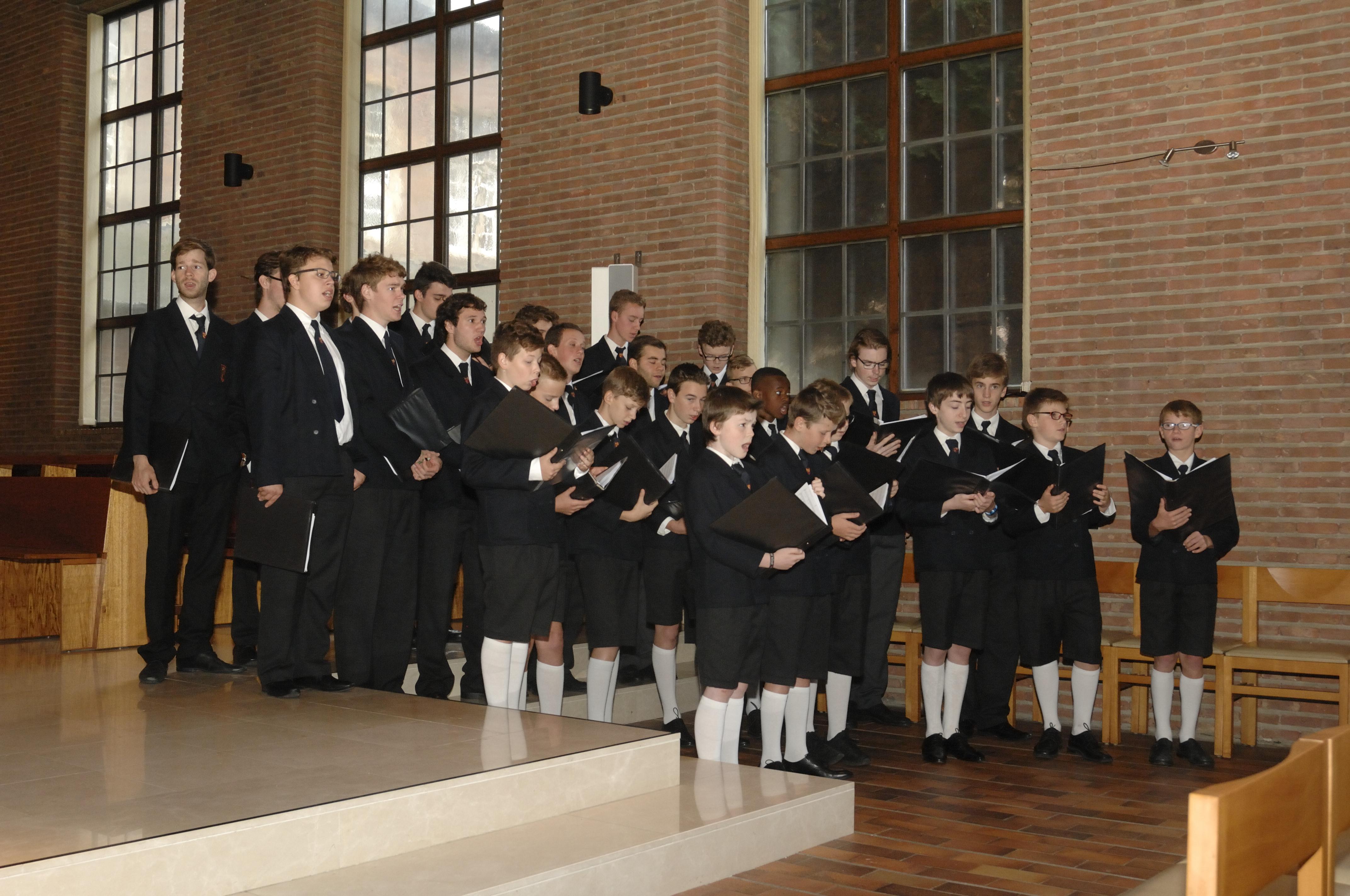 Opluisteren hoogmis op Kerstdag in de Sint-Baafskathedraal te Gent